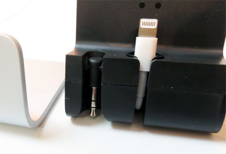 Belkin Desktop Dock iPhone 5